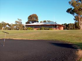 Maitland Golf Club Incorporated - Accommodation NT