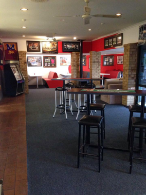 The Back Page Sports Bar  Grill - Accommodation NT