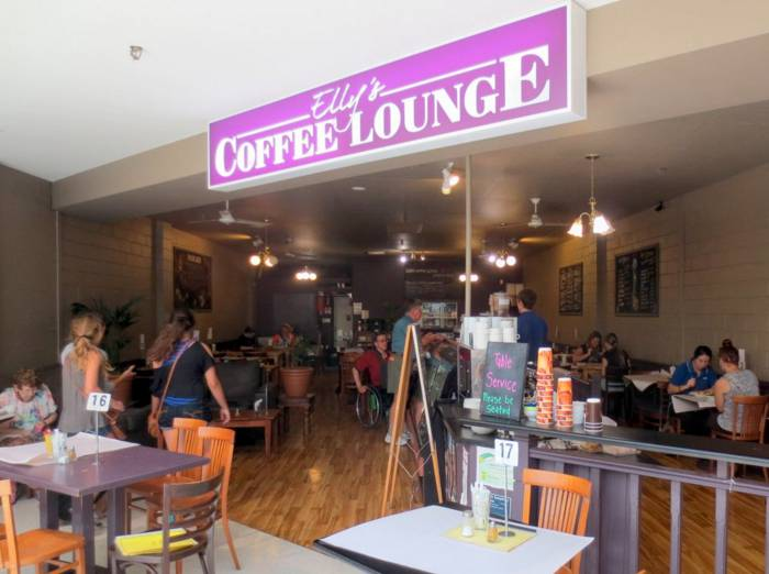 Ellys Coffee Lounge - Accommodation NT