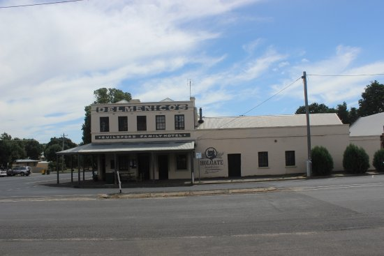 The Guildford Family Hotel - Accommodation NT