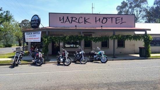 Yarck Hotel - Accommodation NT