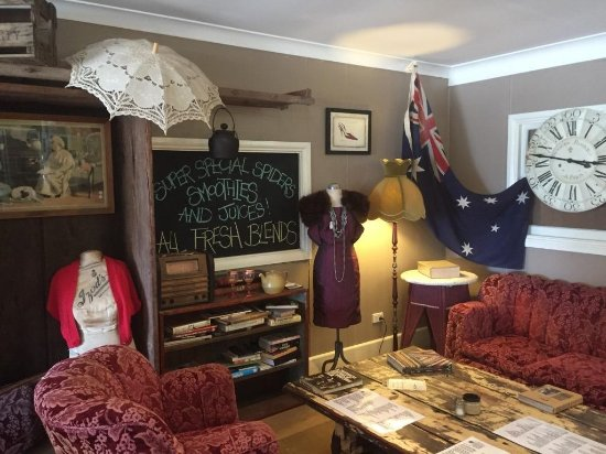 Aussie Outback Wares and Cafe - Accommodation NT