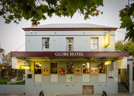 The Globe Hotel Restaurant - Accommodation NT