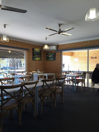 Cardian's Coffee Lounge - Accommodation NT