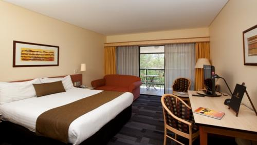 Alice Springs ResortMercure - Accommodation NT