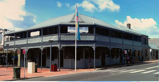 The New England Hotel - Accommodation NT