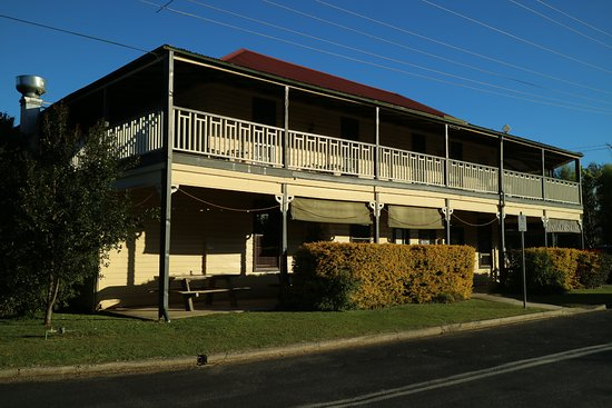 Brushgrove Hotel - Accommodation NT