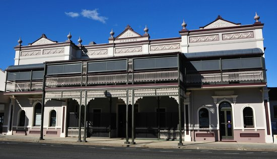 Warwick Hotel - Accommodation NT