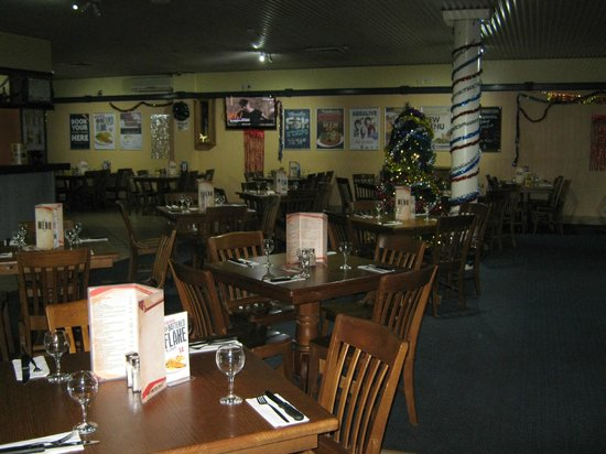 Atherton Hotel Bistro - Accommodation NT