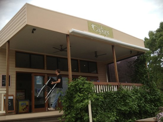Capers Cafe - Accommodation NT