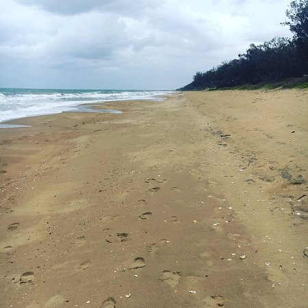 Moore Park Beach Queensland - Accommodation NT