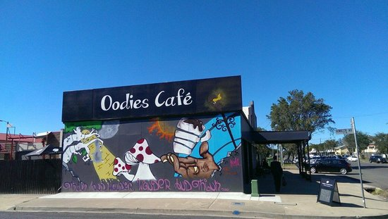 Oodies Cafe - Accommodation NT