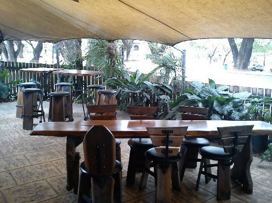 Raintrees Cafe Restaurant - Accommodation NT