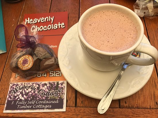 Stanthorpe's Heavenly Chocolate at Wisteria Cottage - Accommodation NT