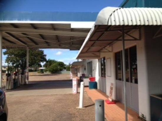 Georgetown Roadhouse - Accommodation NT