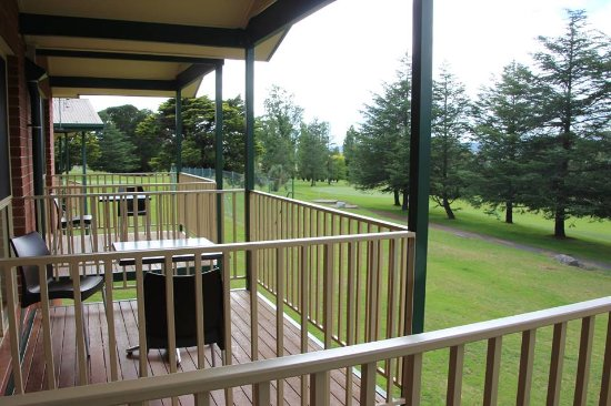 Tenterfield Golf Club - Accommodation NT
