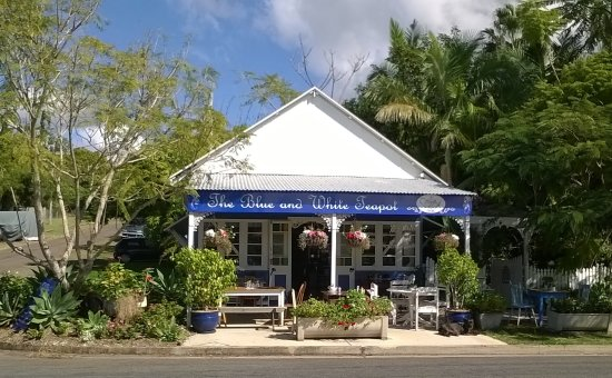 The Blue and White Teapot Cafe - Accommodation NT