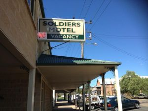 Soldiers Motel - Accommodation NT