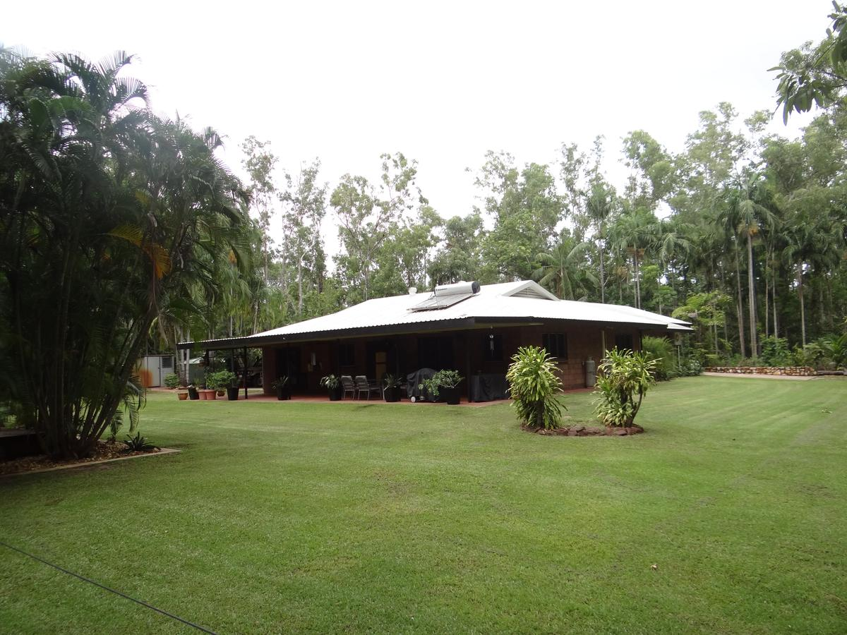 DARWIN'S SHADY ACRES RETREAT - Accommodation NT