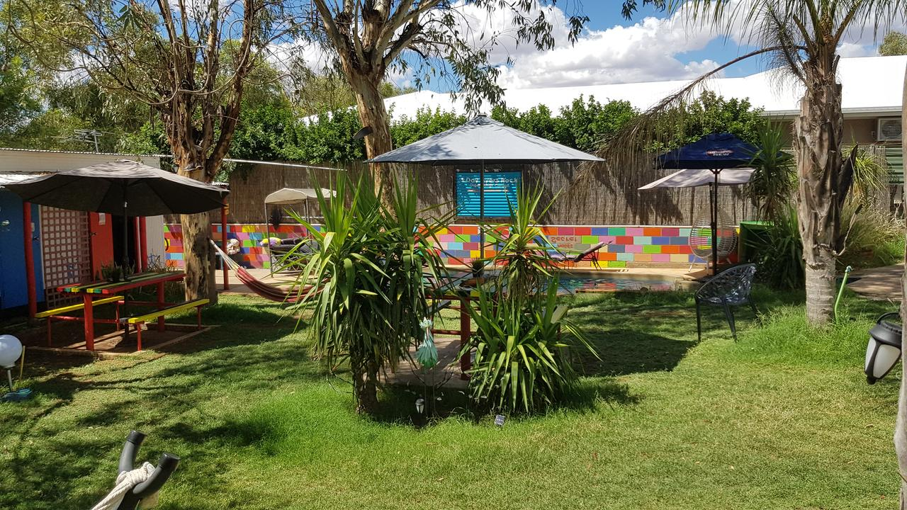 Alice's Secret Travellers Inn - Accommodation NT