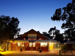 Outback Pioneer Hotel - Accommodation NT