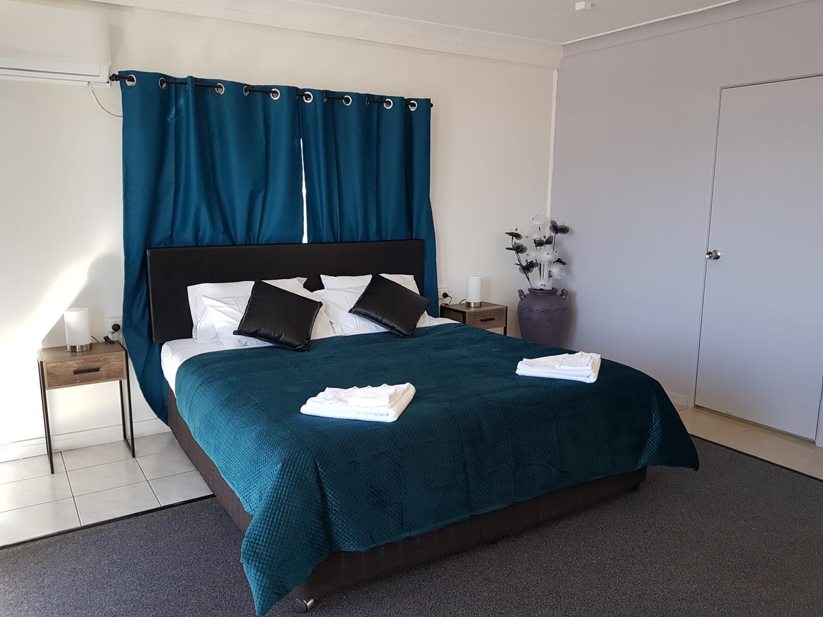 The Q Motel Rockhampton - Accommodation NT